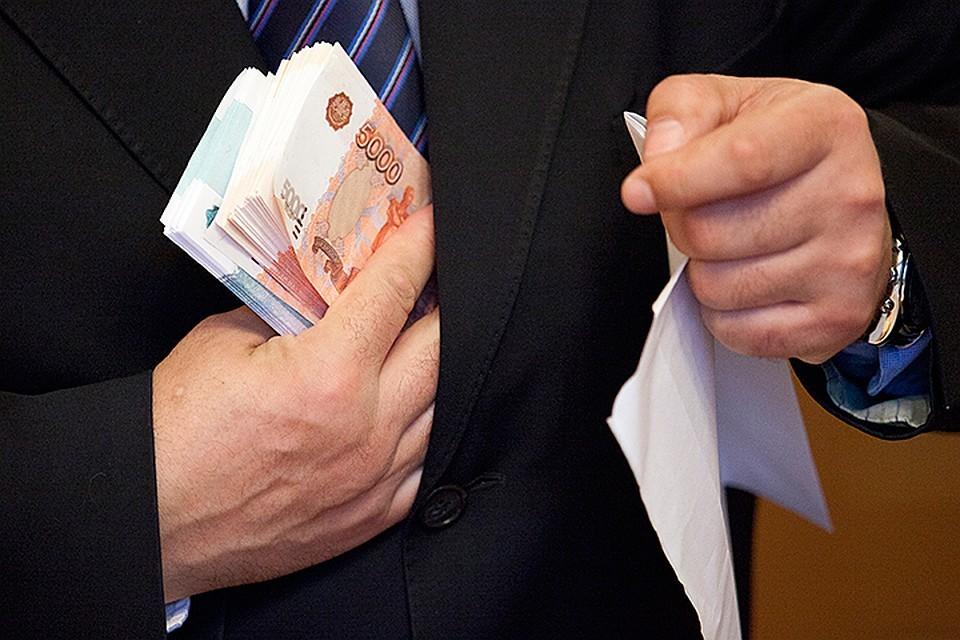 Экс-начальника Государственной фельдъегерской службы Элисты признали виновным во взяточничестве