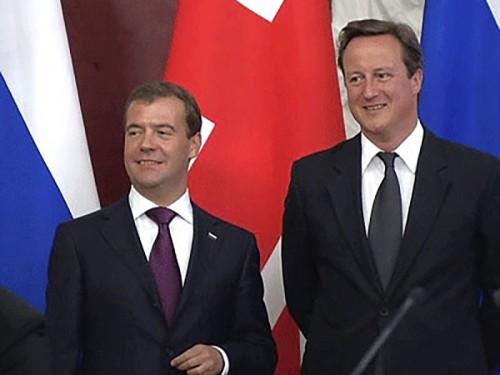 Медведев и Кэмерон подписали декларацию о партнерстве