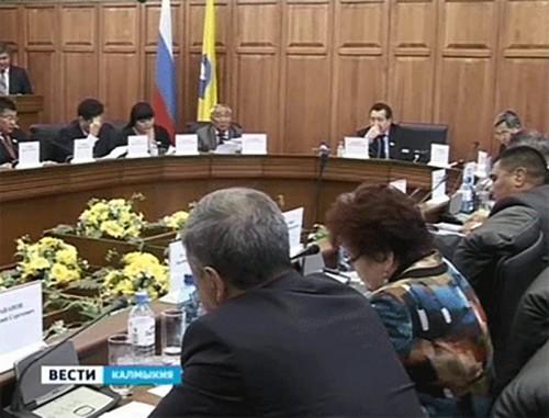 Калмыцкий бюджет на следующий год удалось сформировать без дефицита