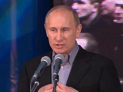 Путин принял участие в митинге ОНФ в Кемерове