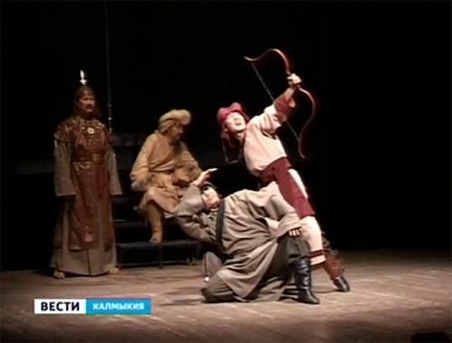 Калмыцким школьникам раскрыли секреты театрального закулисья