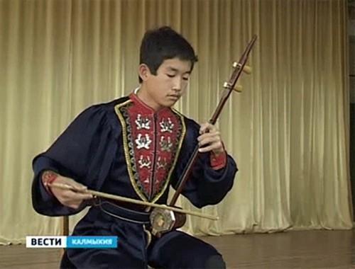 Триумфальное выступление юных калмыцких музыкантов