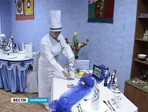 На кулинарной олимпиаде калмыцкие повара приготовили национальные блюда