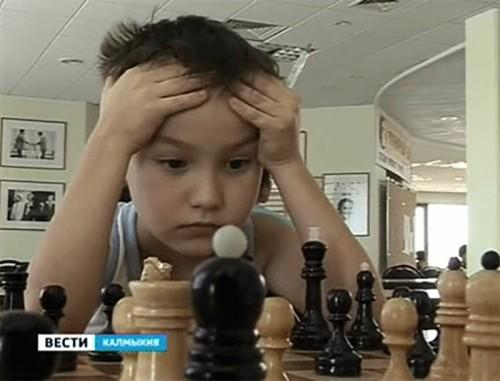 Юные шахматисты Киргизии приехали за опытом в Калмыкию