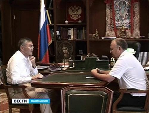 Алексей Орлов провел рабочую встречу с и.о. руководителя УФССП по Калмыкии