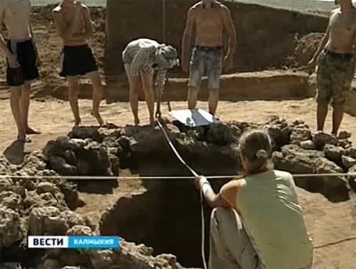 Калмыцкие археологи отмечают профессиональный праздник