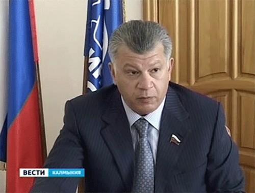 Сенатор Михаил Капура провел прием граждан