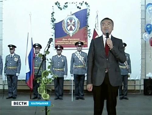 Алексей Орлов поздравил военнослужащих воинской части №2666