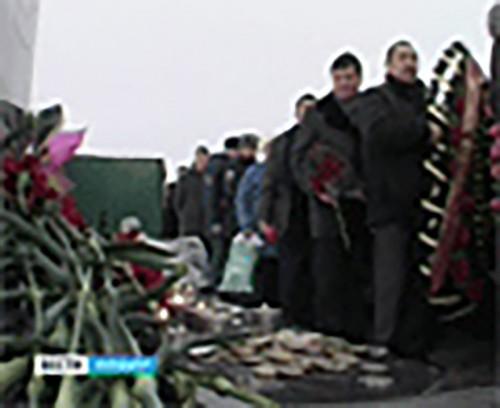 В День памяти и скорби по всей Калмыкии прошли митинги-реквиемы