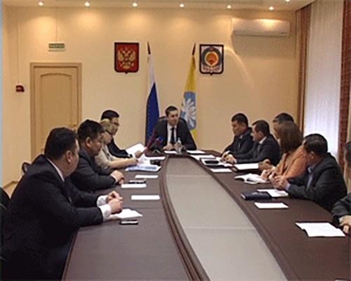 В Элисте состоялось первое заседание комиссии по проведению отбора инвестпроектов