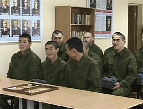 В Калмыкии формируются бригады контрактников