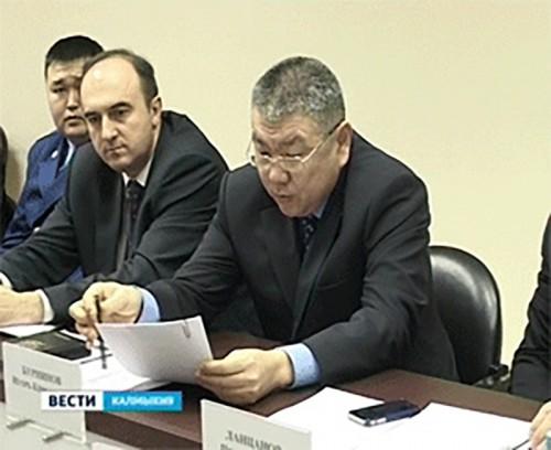 Игорь Зотов провел заседание по увеличению налоговых и неналоговых доходов