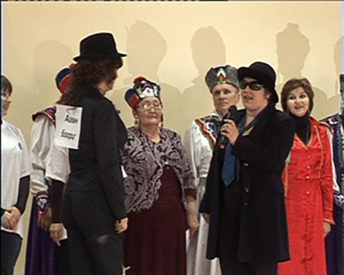 Учащиеся и учителя Элистинской средней школы №2 продемонстрировали знания калмыцких обычаев