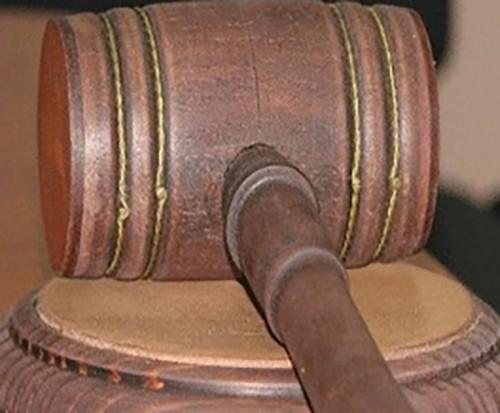 Житель Малодербетовского района получил 6 лет тюрьмы за убийство собутыльника