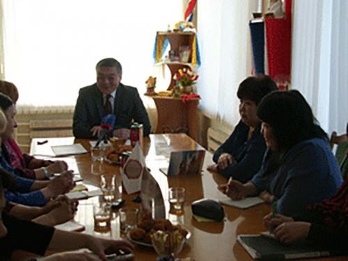 Алексей Орлов обсудил с журналистами вопросы развития калмыцкой печати