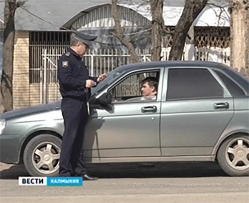 """Госавтоинспекция Калмыкии начала """"охоту"""" на нетрезвых водителей"""