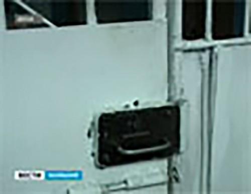Более 100 тысяч рублей заплатит бывший полицейский за служебный подлог