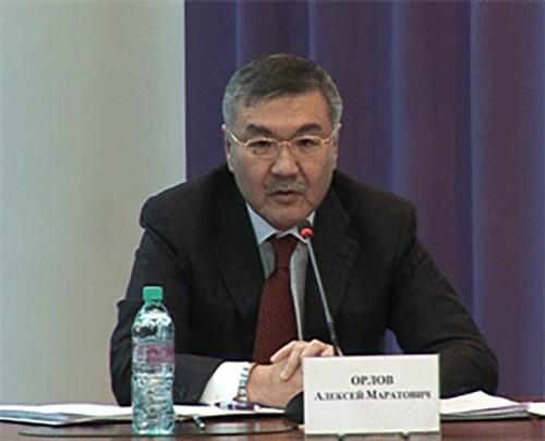 Орлов: увеличение зарплаты бюджетникам — задача №1