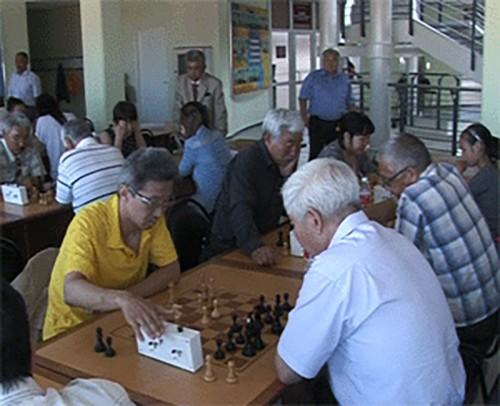 Память ветерана ВОВ Бориса Абушаева почтили шахматным турниром