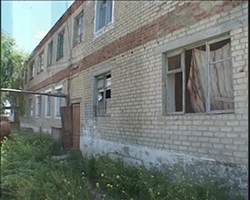 В Калмыкии необходимо расселить 51 аварийный дом