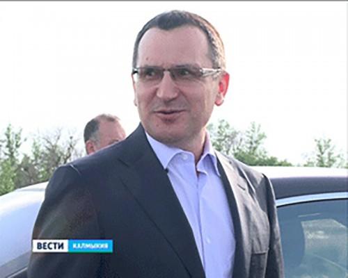 В Калмыкию с рабочим визитом прибыл министр сельского хозяйства РФ Николай Федоров
