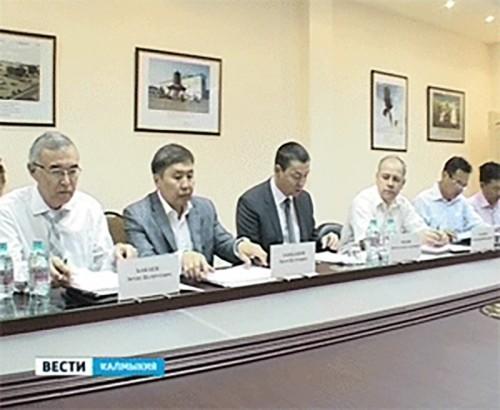 В Элисте обсудили формирование кадрового резерва в Калмыкии