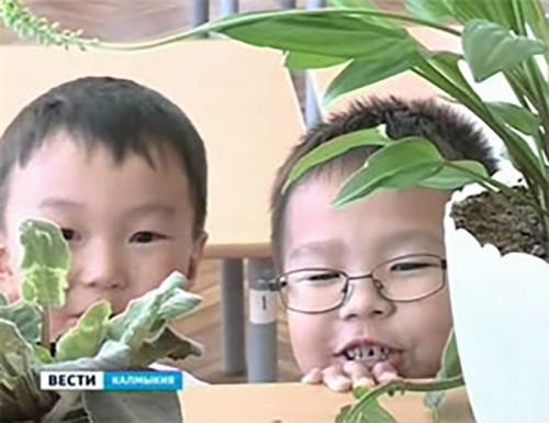 Будущих первоклашек провожают в детских садах Элисты