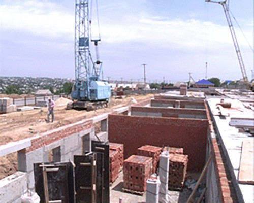 В Элисте началось строительство 2 детских садов