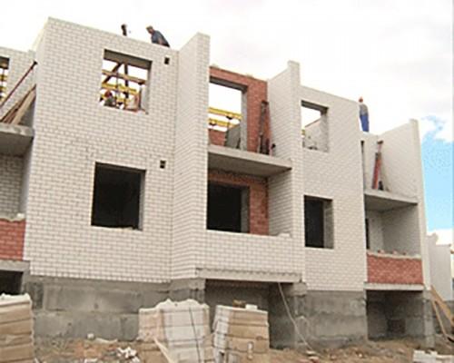 108-квартирный дом по ул. Калачинская планируют сдать в намеченные сроки