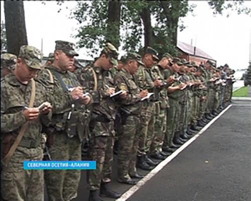Около 50 калмыцких полицейских охраняют правопорядок и спокойствие в Северной Осетии