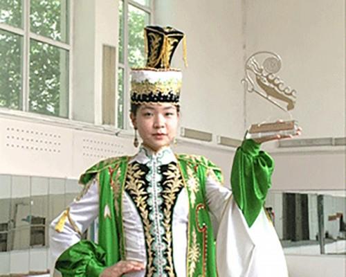 Калмыцкие изделия удостоены диплома конкурса высокой моды