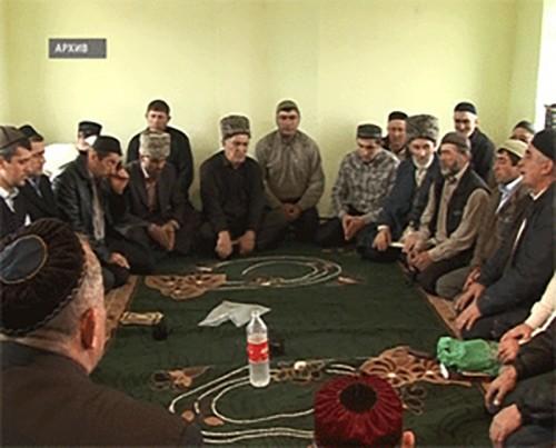 Мусульмане празднуют окончание священного месяца Рамадан