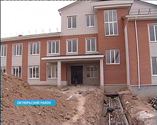 Жители Октябрьского района ждут открытия новой районной больницы