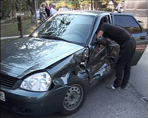 В Калмыкии пешеход погиб под колесами иномарки