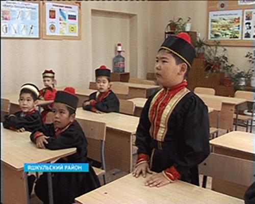 В Яшкульском районе успешно развивают интерес к калмыцкому языку