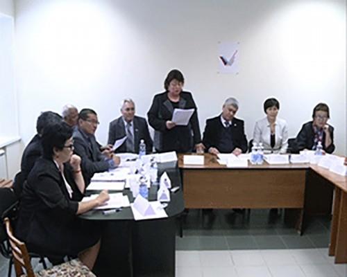 В Элисте обсудили реализацию указов Президента РФ