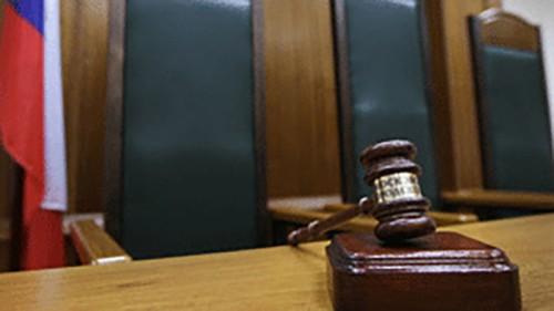 Главврач Юстинской ЦРБ предстанет перед судом за служебный подлог и хищение