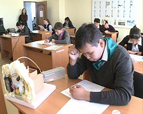 Школьники из Черноземельского, Ики-Бурульского и Целинного районов стали победителями республиканской олимпиады по экологии