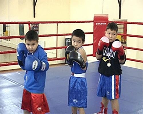 Калмыцкие боксеры стали победителями межрегионального турнира