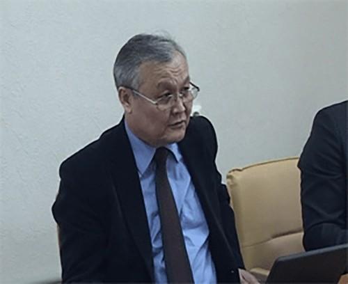 Лев Мухлаев будет представлять Калмыкию в Общественной палате России