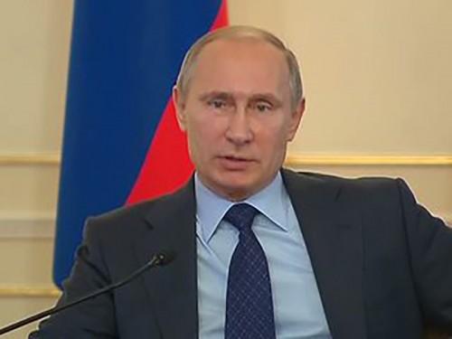Путин поручает создать новую систему военной подготовки студентов