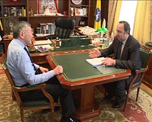 Уполномоченный по правам человека в Калмыкии Евгений Емельяненко отчитался о проделанной в 2013 году работе