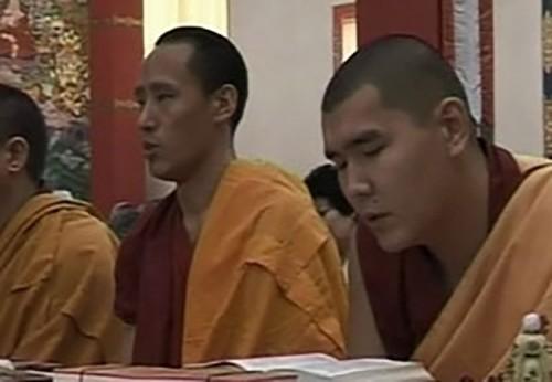 В Калмыкию прибыли ламы монастыря Дрепунг Гоманг