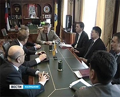 """Алексей Орлов и представители компании """"Лукойл"""" обсудили вопросы сотрудничества"""