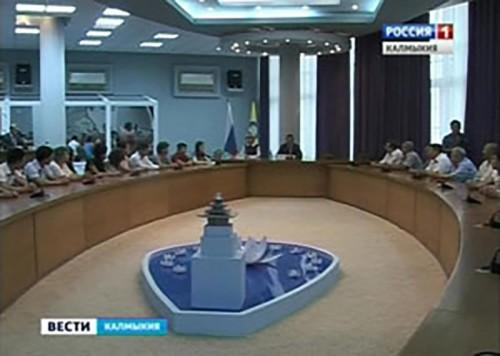Калмыцкие паралимпийцы получили денежные сертификаты