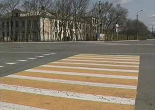 На дорогах Элисты появились желто-белые «зебры»