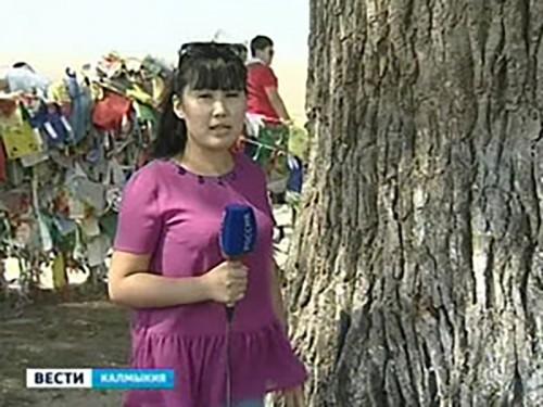В Калмыкии торжественно проводили студентов на учебу