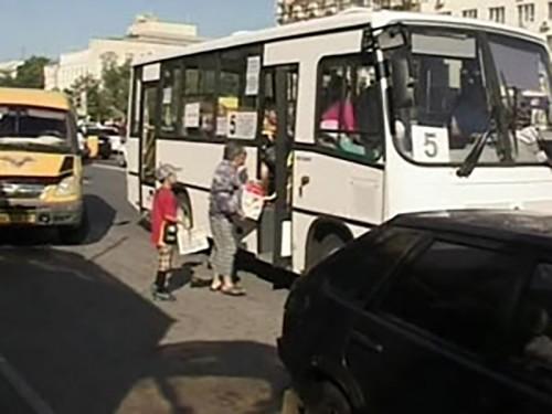 На элистинские маршруты выйдут еще 10 автобусов