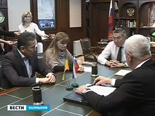 Глава Калмыкии требует сдать дом в срок