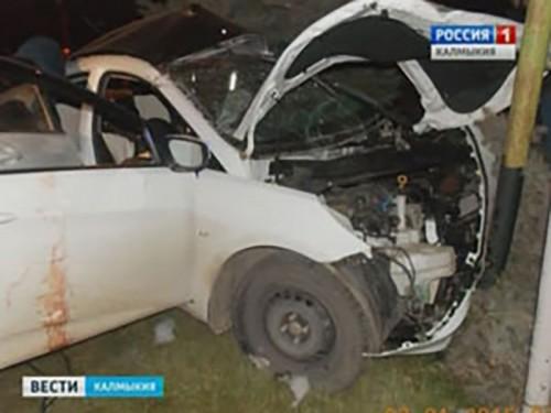 В автоаварии в Элисте погибли 4 человека